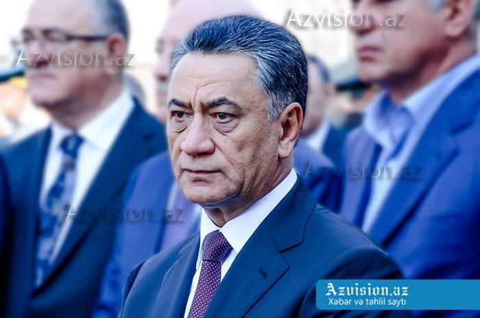 Ramil Usubov qadın polisləri təbrik edib