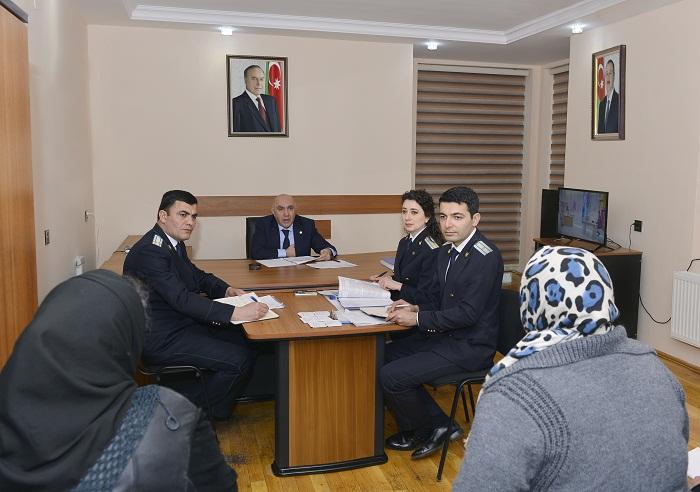 Baş prokuror Biləsuvarda vətəndaşları qəbul edib