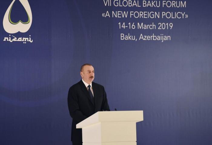 Картинки по запросу VII Qlobal Bakı Forumunda çıxışı zamanı Azərbaycan prezidenti İlham Əliyev