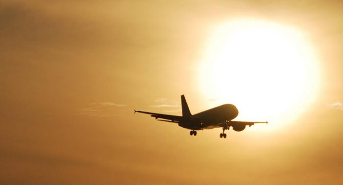 Mueren dos pilotos tras estrellarse un avión militar en Vietnam