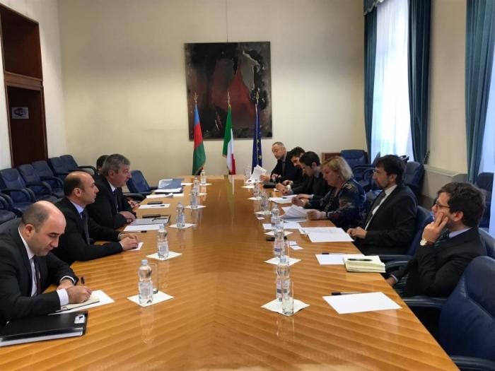 Azerbaijan, Italy hold political consultations