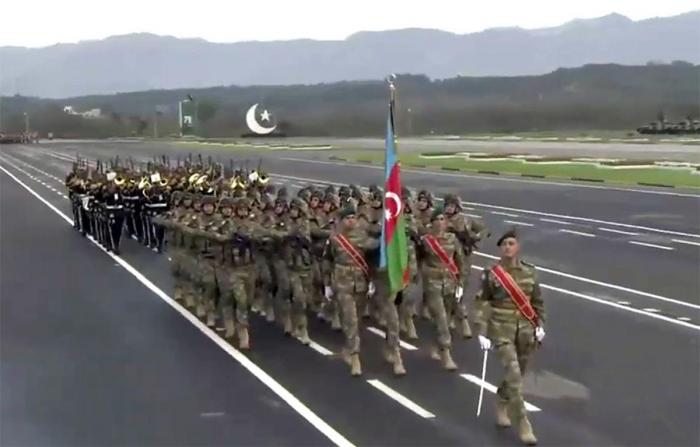 Azerbaijani servicemen take part in military parade dedicated to National Day of Pakistan