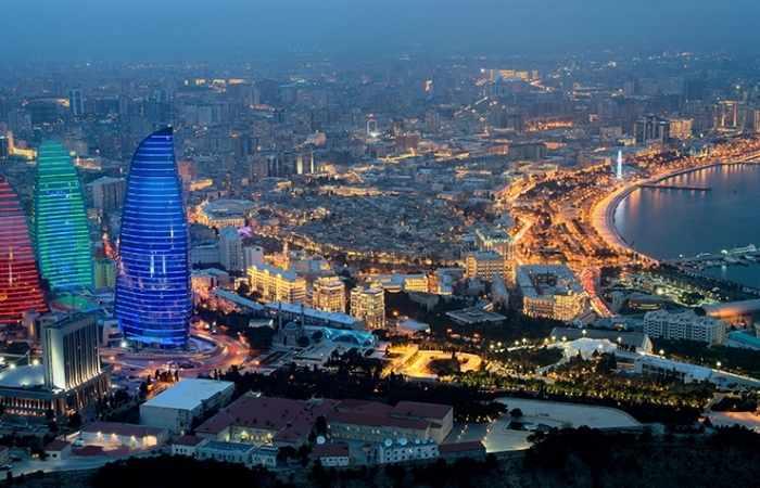 Le programme de radio John Batchelor Show a préparé une série d'émissions sur l'Azerbaïdjan