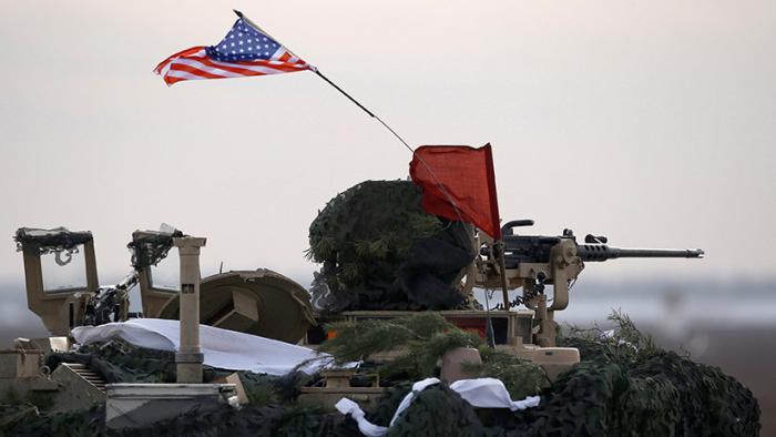 """""""El imperio se está derrumbando""""  : Cómo el gasto militar """"está llevando a la bancarrota"""" a EE.UU."""
