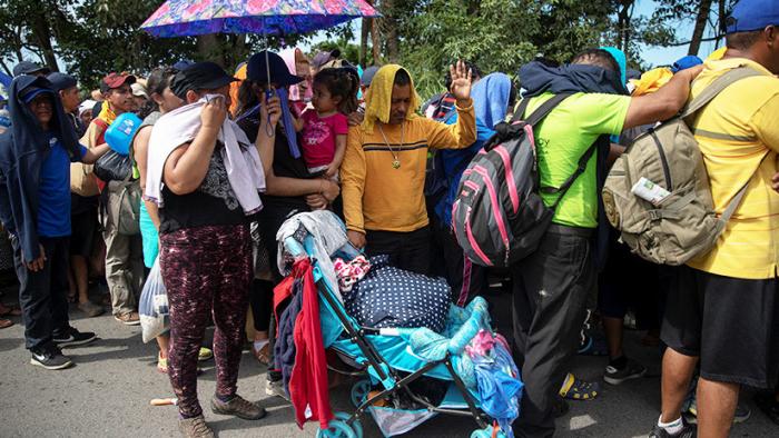 Una nueva caravana de migrantes sale de México rumbo a EE.UU.