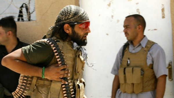 Bombardeos en Siria provocan rendición de 3.000 miembros del Daesh