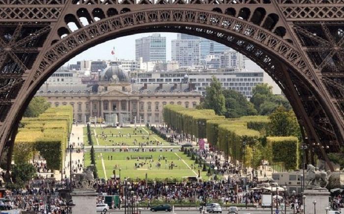 Paris, Singapour et Hong Kong, villes les plus chères du monde