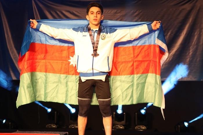 İdmançımız dünya birinciliyində medal qazandı