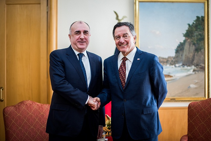 Elmar Mammadyarov se reunió con su par chileno