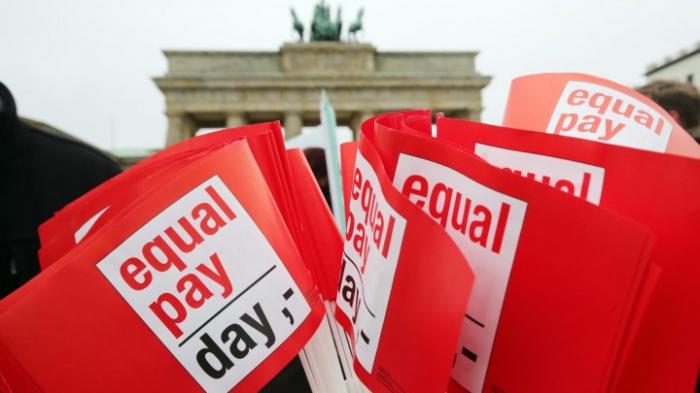 Proteste gegen Lohnungleichheit in Berlin