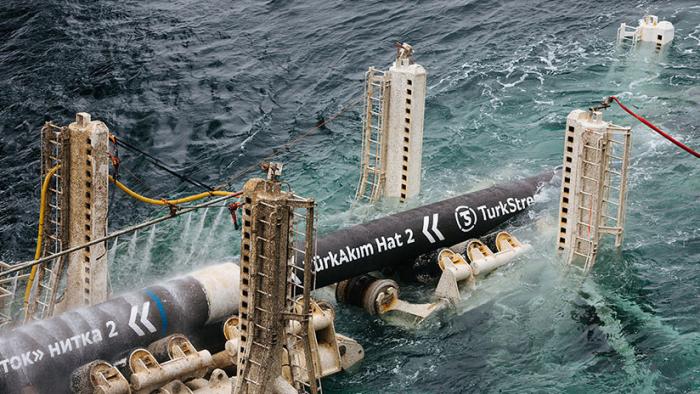 Turquía  : Anuncian que han quedado unidos los tramos submarino y terrestre del gasoducto Turkish Stream