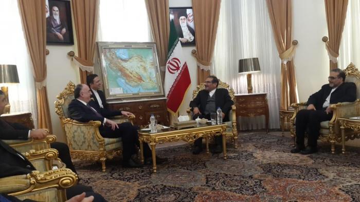 Azerbaijani FM meets with Iran