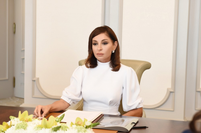 Mehriban Aliyeva envia una carta de felicitación al Papa Francisco