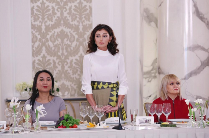 """""""Ölkəmizdə çox vacib islahatlara start verilib"""" - Mehriban Əliyeva"""