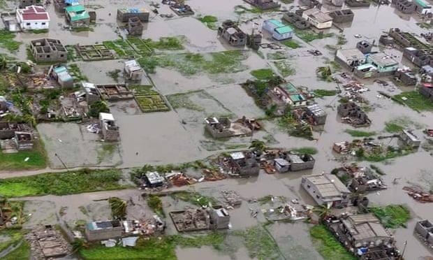 Cyclone Idai: more than 1,000 feared dead in Mozambique