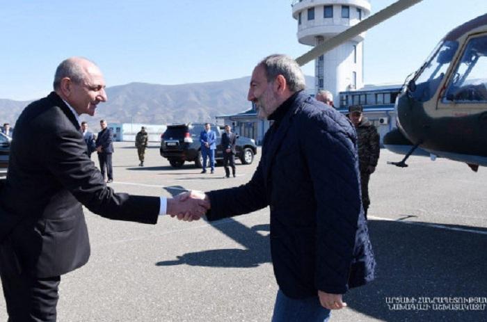 Pashinián arribó a Nagorno Karabaj