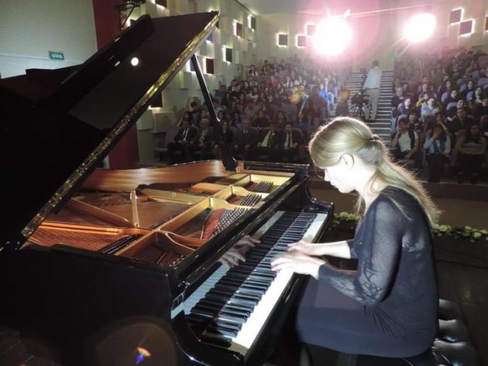 Altı ölkənin məşhur pianoçuları Şamaxıda - FOTOLAR
