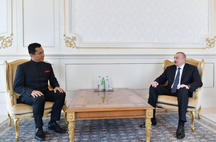 President Ilham Aliyev receives credentials of incoming Indian ambassador