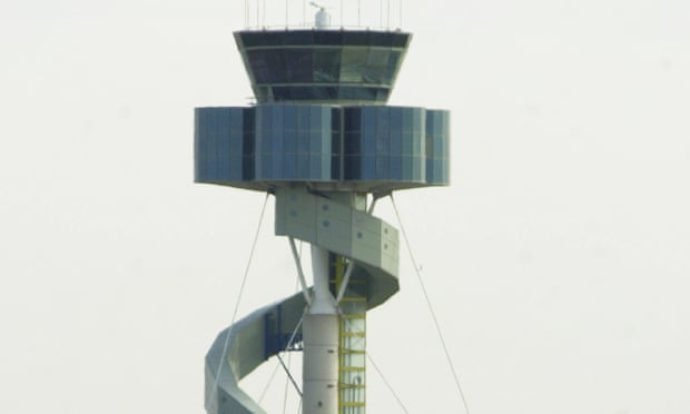 Sydney airport flights resume after air traffic control tower evacuation causes delays