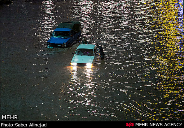 Iran news agency reports flash-flood   death toll up to 44