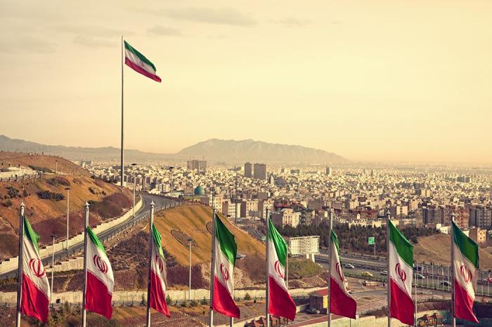 Iran   : Incendie dans un avion à Téhéran, 50 passagers sur 100 évacués