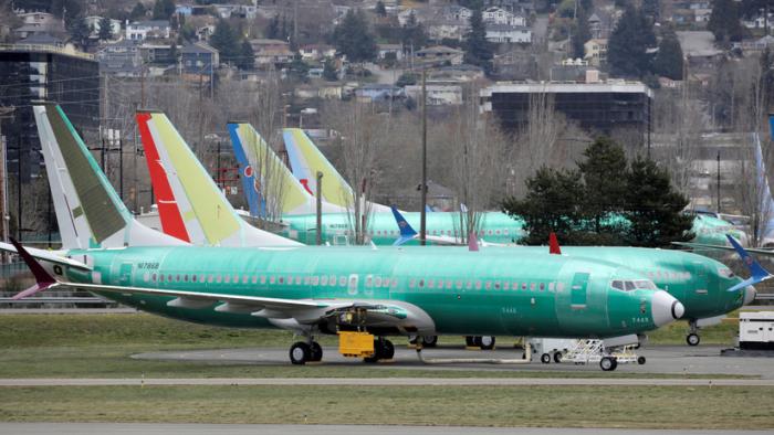 Reportan conversación telefónica entre Trump y el jefe de Boeing mientras senadores de EE.UU. instan a dejar en tierra los 737 MAX