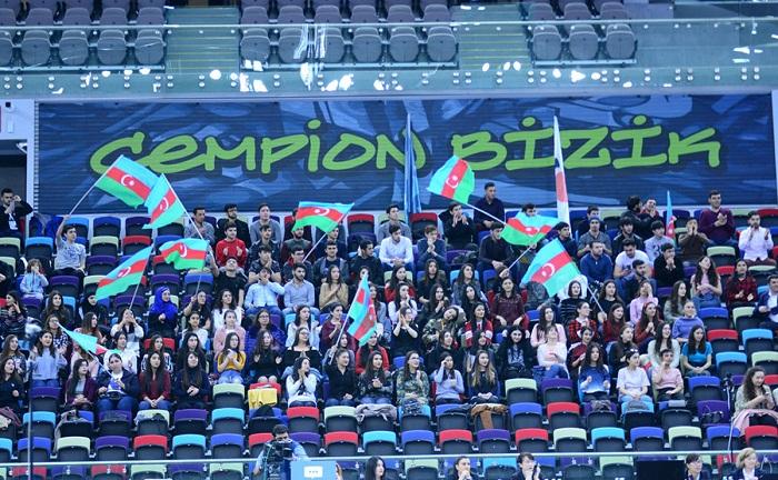 Rusiya və ABŞ gimnastları Bakıda qızıl medal qazanıb