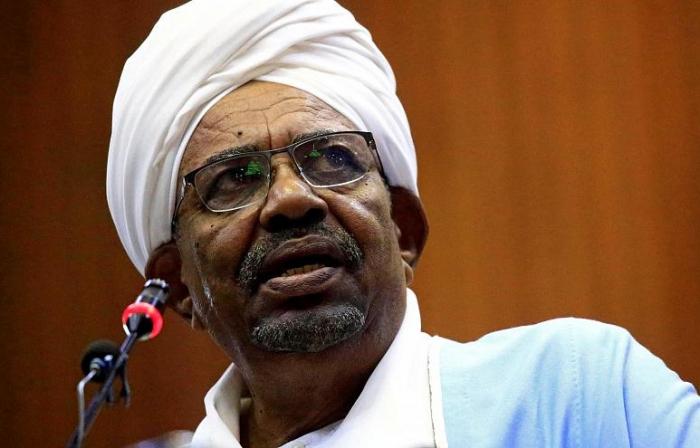 Sabiq prezidentin evindən milyonlarla avro tapıldı