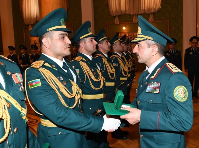 General Elçin Quliyev məzunlarına sertifikatlar verdi - FOTOLAR