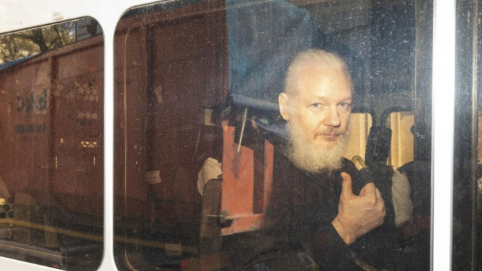 Britische Abgeordnete für Auslieferung Assanges nach Schweden