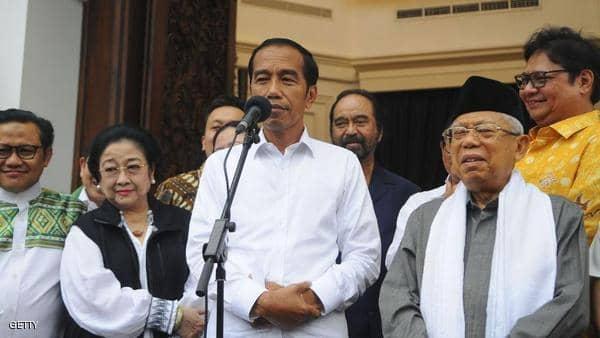 الرئيس الإندونيسي يعلن فوزه في انتخابات الرئاسة