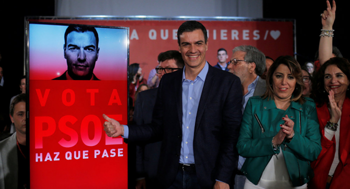 استطلاع يرشح الحزب الاشتراكي للفوز بالأغلبية في انتخابات إسبانيا