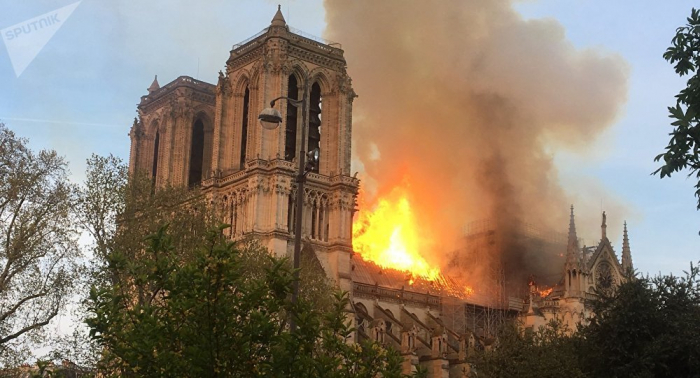 Incendie à Notre-Dame: la reconstruction prendra «des années de travaux»