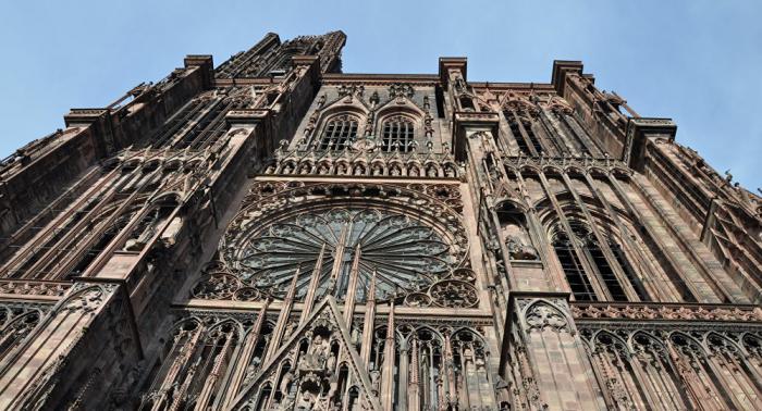 La cathédrale de Strasbourg percutée par un drone