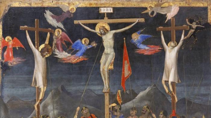Gläubige gedenken der Kreuzigung Jesu