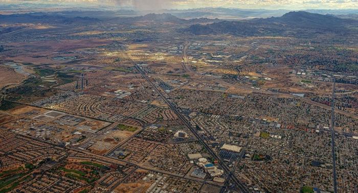 للجادين فقط... مدينة أمريكية للبيع بـ8 ملايين دولار (فيديو)