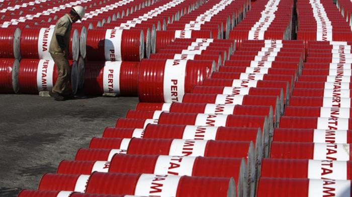 Les cours du pétrole en chute sur les bourses mondiales