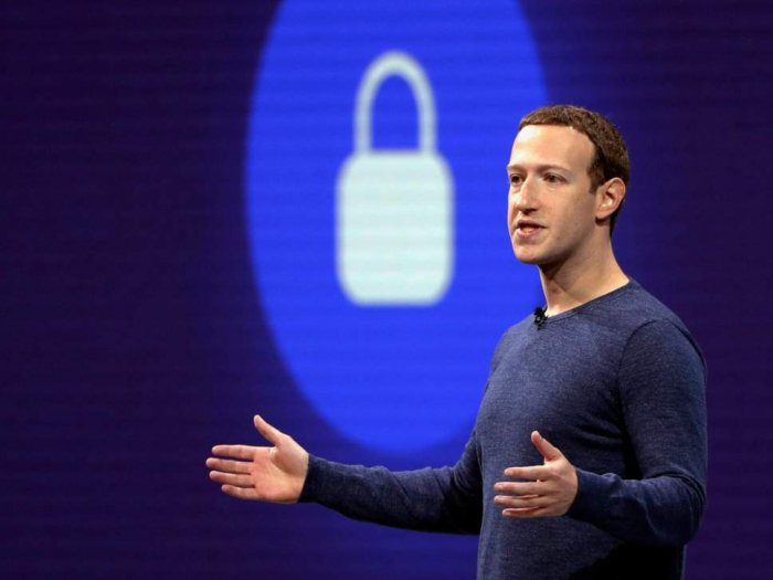 Mark Zuckerberg asks governments to help control internet