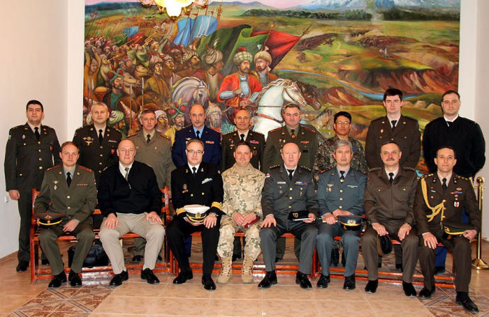 Foreign military attachés accredited to Azerbaijan visit Military Academy of Armed Forces