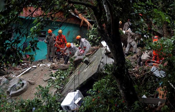 Brazil: Deadly rains lash Rio de Janeiro-  NO COMMENT