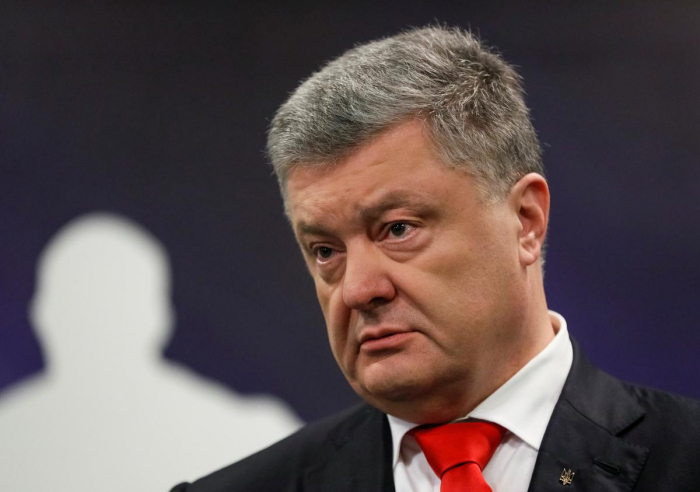 Ukraine president rolls out special court to try corruption cases