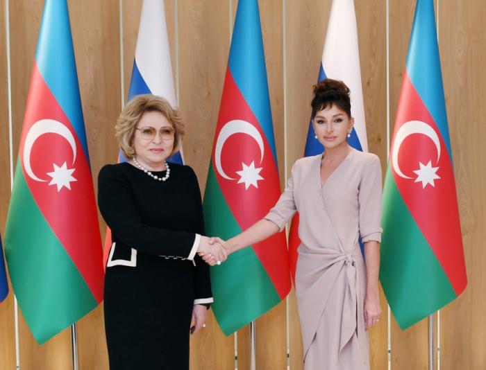 Birinci vitse-prezident Valentina Matviyenko ilə görüşüb - FOTOLAR