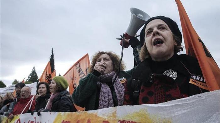 Greece: Teachers strike over education bill