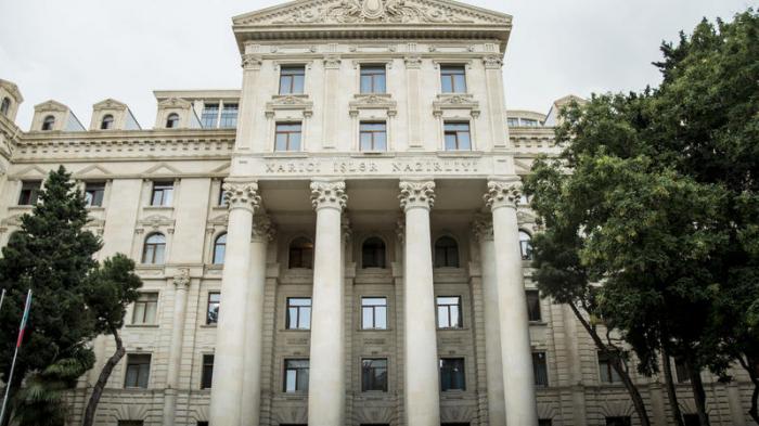 Pashinjans Vorschläge sind nicht möglich, solange die armenischen Streitkräfte aserbaidschanische Gebiete verlassen haben