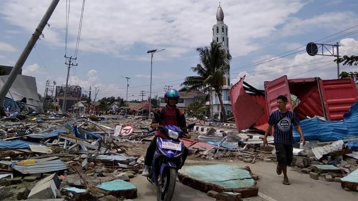 Indonesia earthquake: Tsunami warning issued after quake strikes near Sulawesi island