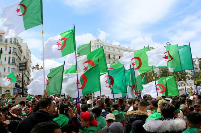 Thousands protests again in Algeria to demand political change