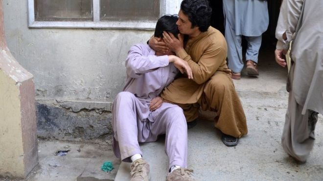 Pakistan Hazara minority protests after bombing in Quetta
