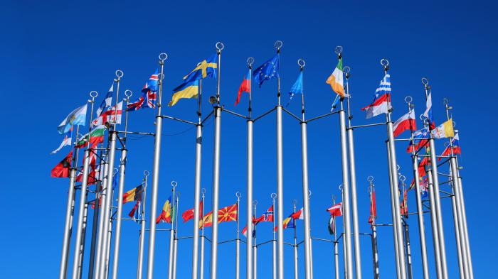 EU countries back copyright reform targeting Google, Facebook