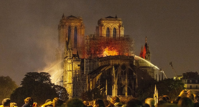 Macron will Wiederaufbau von Notre-Dame in fünf Jahren