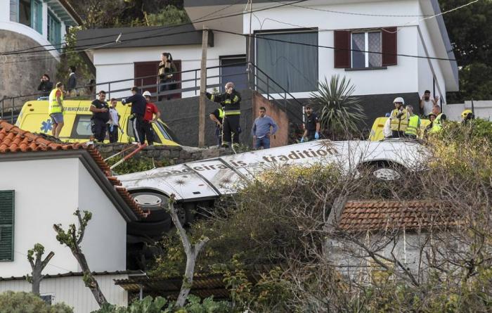 Portuqaliyada dəhşətli qəza: 29 turist ölüb